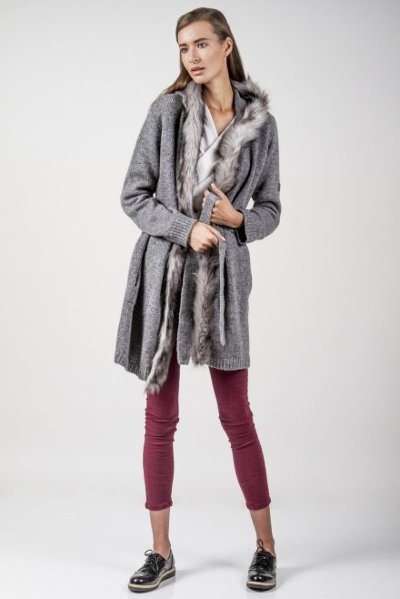 Longline cardigan with fur on the hood and a belt grey