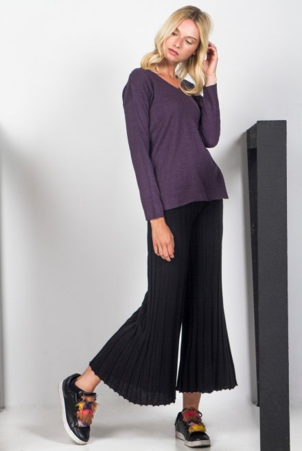 Ve neck blouse dark purple