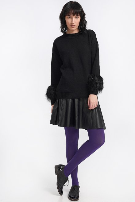 Blouse with fur on the sleeves black
