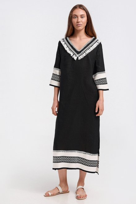 Caftan with zic-zac pattern