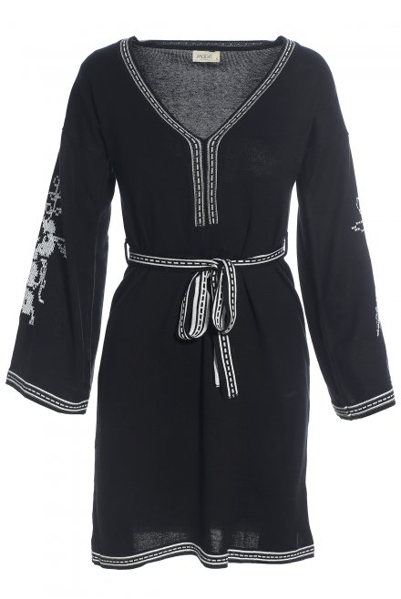 V-neck dress with a belt and a flower pattern at the sleeves black-white