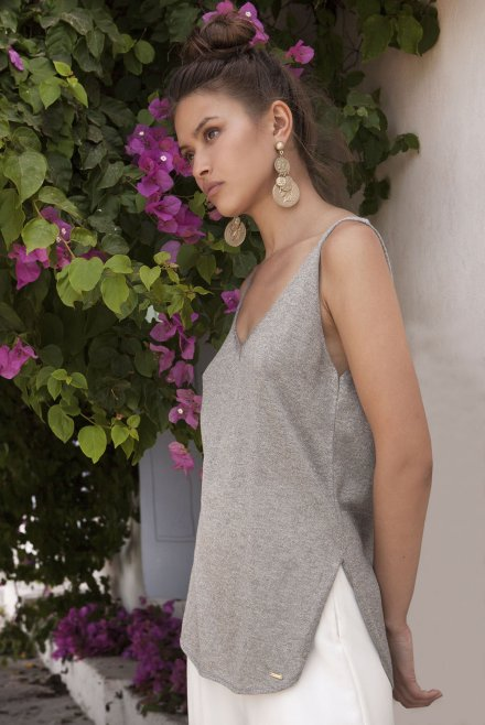 Lurex V-neck  and Ve in the back knitted top