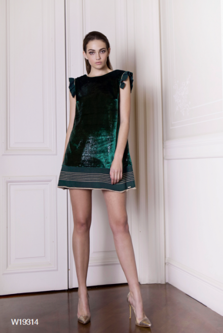 Short fabric dress with knitted details